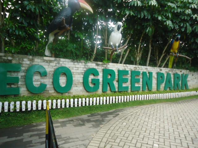 http://www.renidwiastuti.com/2018/01/eco-green-park-wisata-edutainment.html