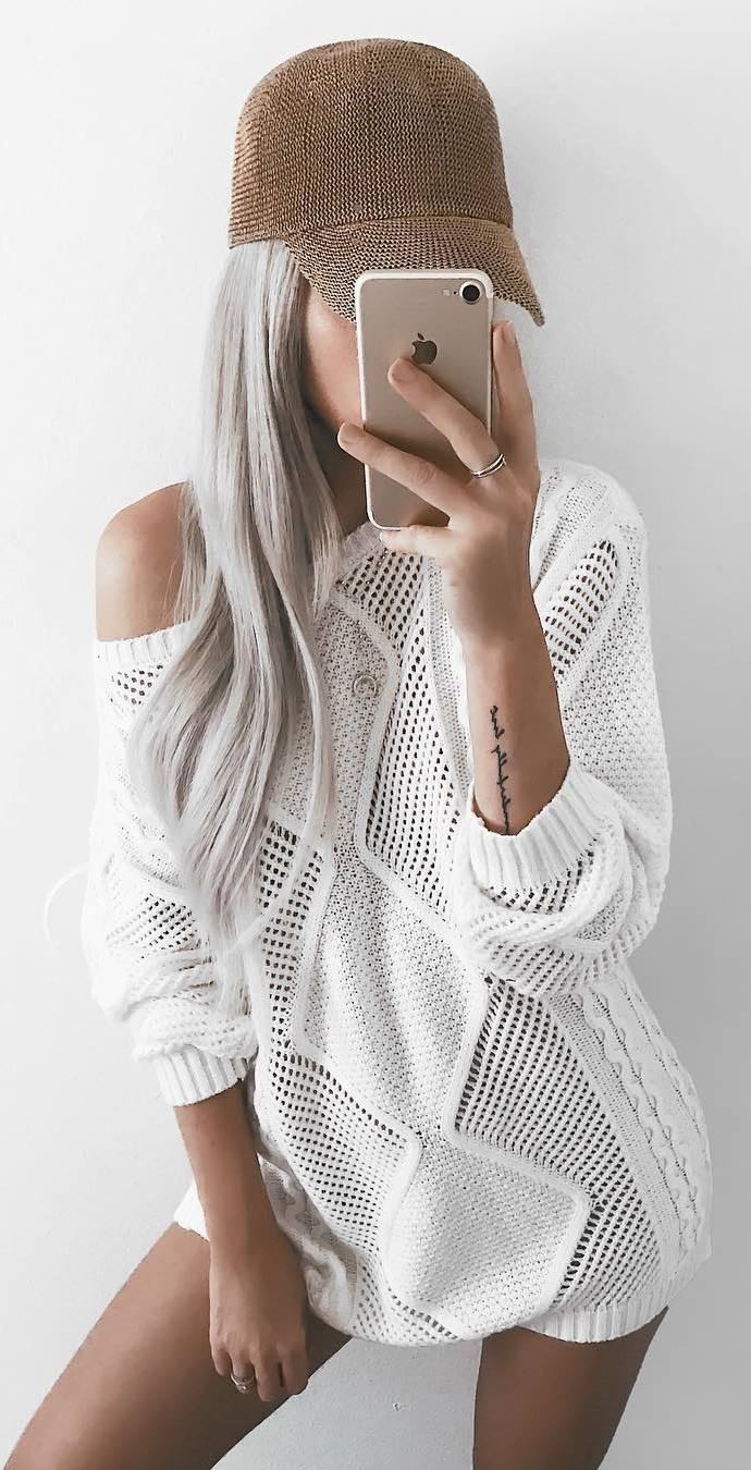 cute outfit idea | hat and white sweater dress