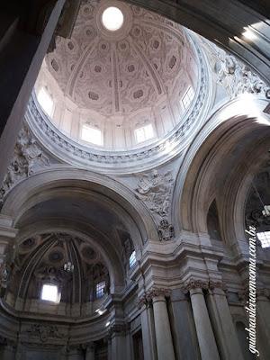Interior cúpola , Igreja dos Santos Luca e Martina