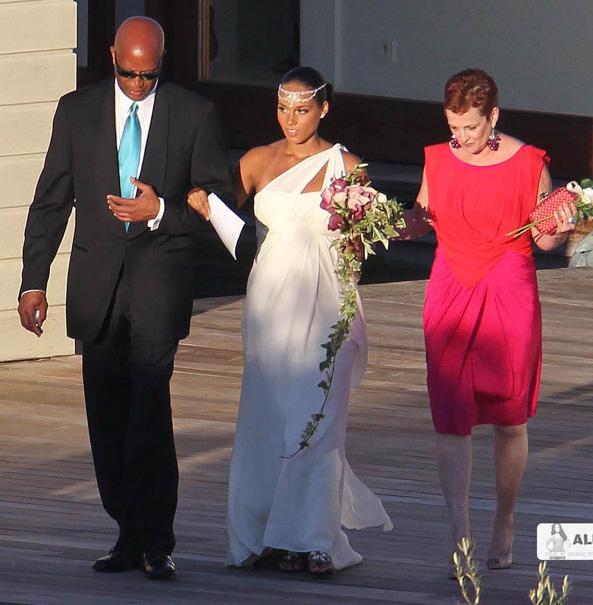 Wedding Gown For Parents: Celebrity Wedding- Alicia Keys
