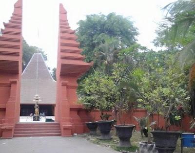 Pendopo Agung Trowulan Mojokerto