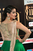 Manjusha in Beautiful Sleeveless Green Anarkali dress at IIFA Utsavam Awards 54.JPG