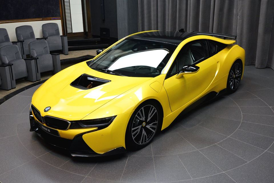 bmw u0026 39 s massive abu dhabi dealer reveals bespoke yellow i8