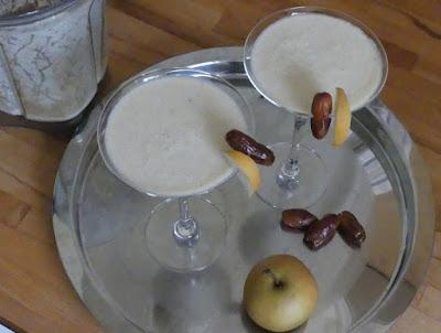 Cremiger Nashibirne-Dattel-Cocktail