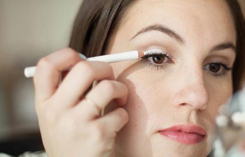 Pratik Makyaj - Hızlı Makyaj Yapma Yöntemleri ile 5 Dakikada Hazırlanın!