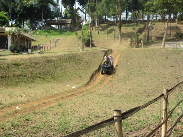 Main ATV Touring Di Katumiri, Tempat wisata keluarga di Kota Cimahi Jawa Barat.