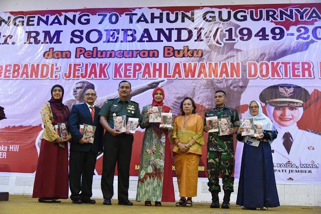 Bupati Faida Ajak Dokter Teladani Letkol dr RM Soebandi