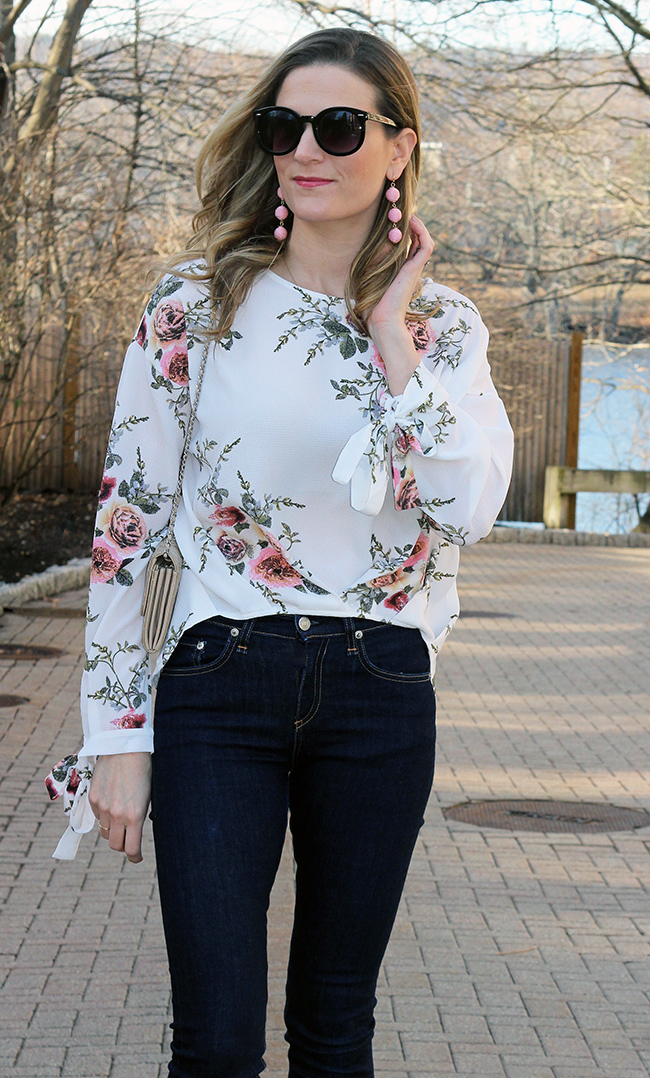 Affordable floral top #floraltop #springstyle #springfashion