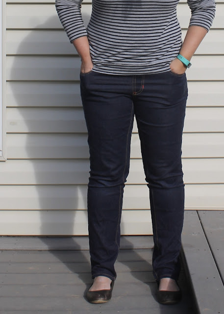 Review of the Closet Case Files Ginger Jeans sewing pattern with pull-on waistband hack.