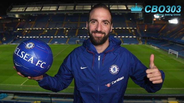 Reuni Higuain Bersama Sarri Dan Jorginho Di Chelsea
