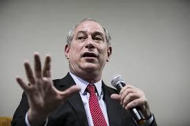 Ciro defende que brasileiros ocupem ruas e quebrem tudo em protesto contra Bolsonaro
