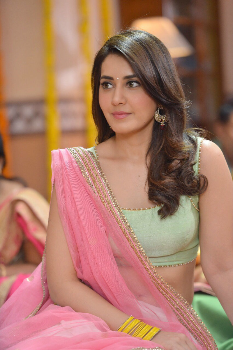 Rashi Khanna Age Height Biodata Movies Family Wiki Contact Number Social Media