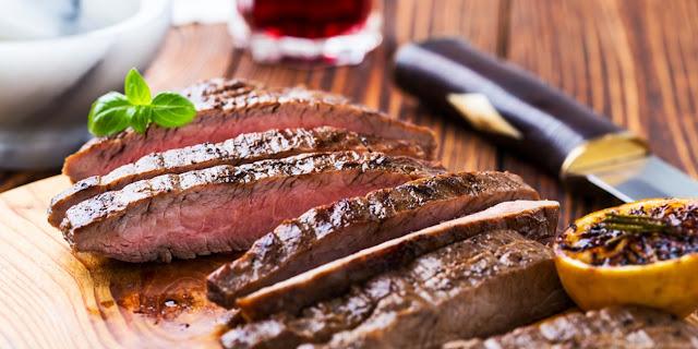 طريقة إعداد ستيك اللحم لذيذ وشهي