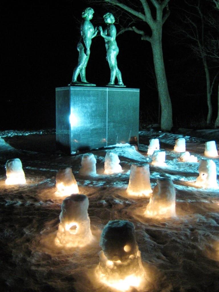 Lake Towada Winter Story Towadako Fuyu Monogatari Statue of Maidens Otome no Zou