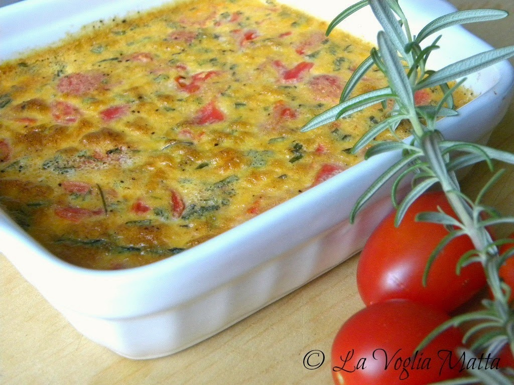 flan di pomodori, asparagi selvatici e yogurt