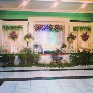 http://tenda.ok-rek.com/2015/10/wedding-organizer-paket-di-gedung.html