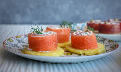 rotolini di salmone con crema di ricotta e finoicchietto