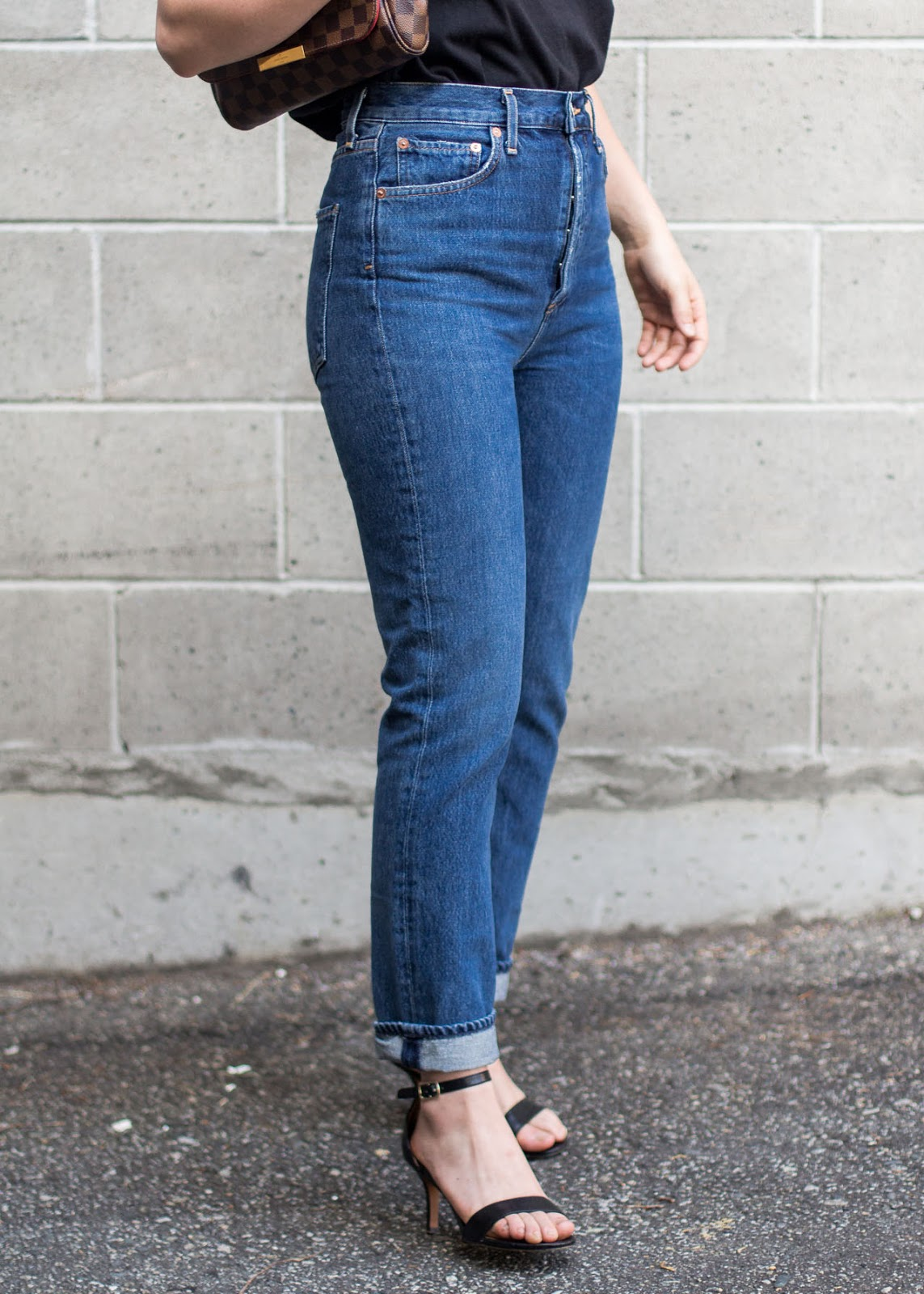 AGOLDE riley high rise straight crop in air blue denim jeans - Outfit details