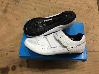 Sepatu Sepeda Roadbike Shimano RP500 BAHAN CARBON