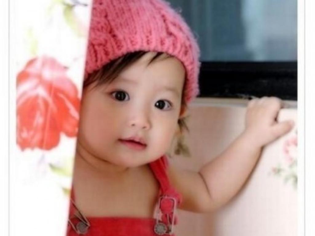 Foto dan Gambar Bayi Lucu Menggemaskan Untuk Blackberry