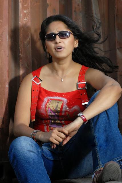 Anushka Shetty in jeans