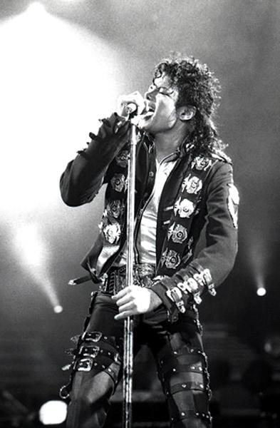 Michael Jackson durante un concierto