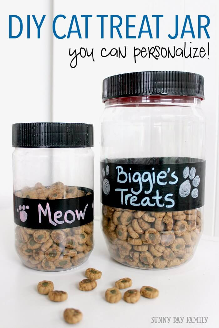 This easy DIY cat treat jar makes the perfect gift for cat lovers! Your cat will love having his own personalized treat jar, filled with treats that are good for his teeth too.