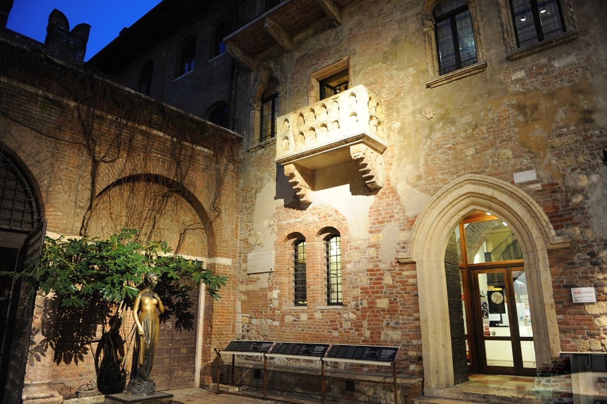 Image Result For The House Of Romeo And Juliet In Verona