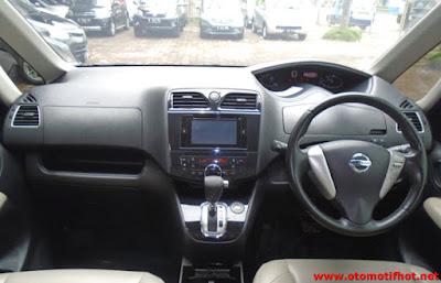 Model Desain Interior Mobil Nissan Serena