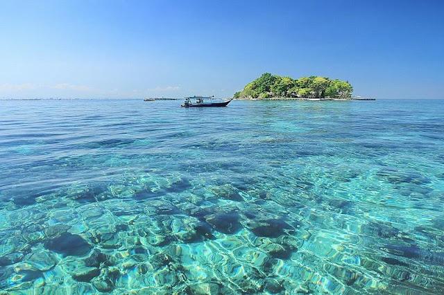 Mengulik Keindahan Pulau Samalona