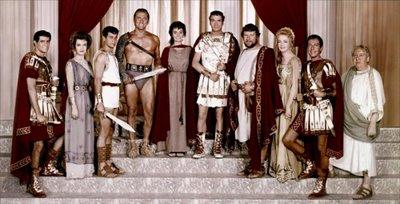 The main cast assembled together in Spartacus (1960) movieloverreviews.filminspector.com