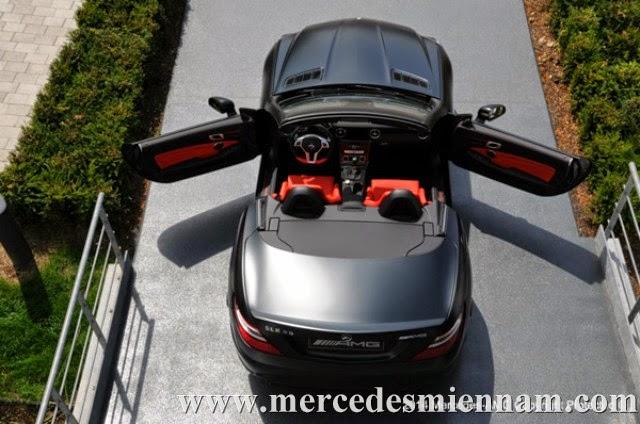 xe Mercedes Benz SLK55 AMG phiên bản Performance Studio 04