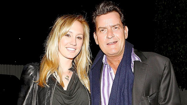 Charlie Sheen wants a baby with his fiancée