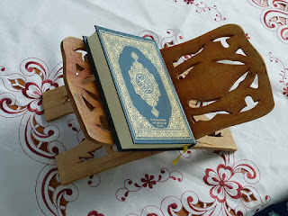 Hukum Membaca Al-Qur'an Tanpa Hukum Tajwid