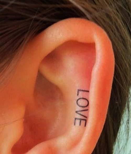 kulak içi yazı dövmesi love tattoo in ear