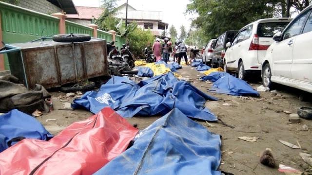 Warga Mulai Resah Evakuasi Korban Gempa Palu Lambat