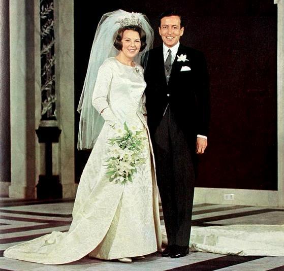 Queen Wedding: The Royal Order Of Sartorial Splendor: Wedding Wednesday