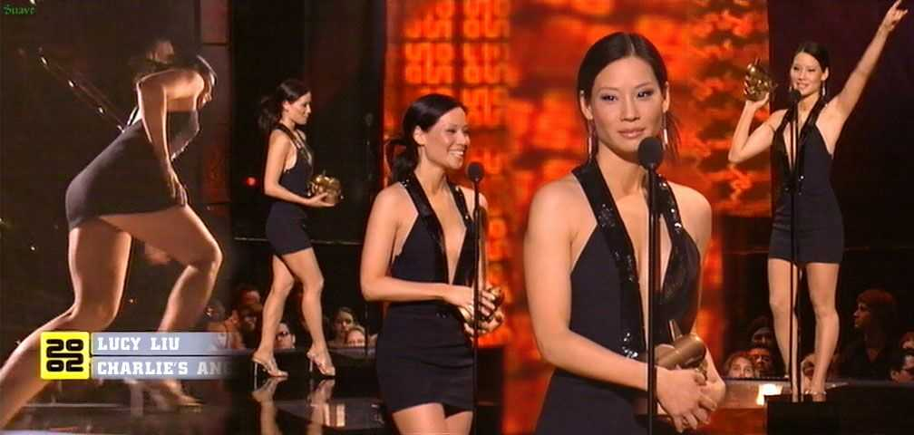 Lucy Liu S Upskirt Moment In Short Skirt At Mtv Awards