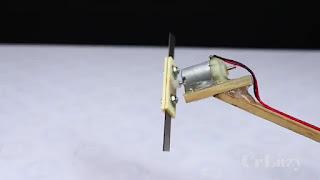 membuat pemotong rumput sendiri dari dinamo mainan