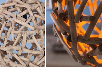 lampy Reaction, dřevěný nábytek, závěsné lampy