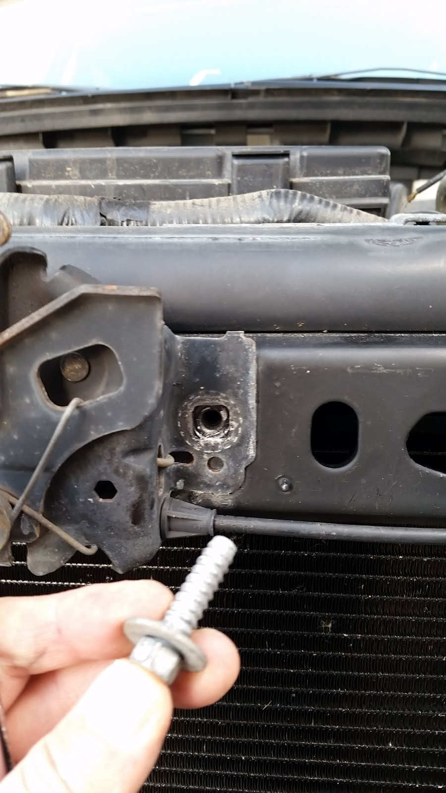 Installing an External Power Steering Cooler in a 2010 Ford