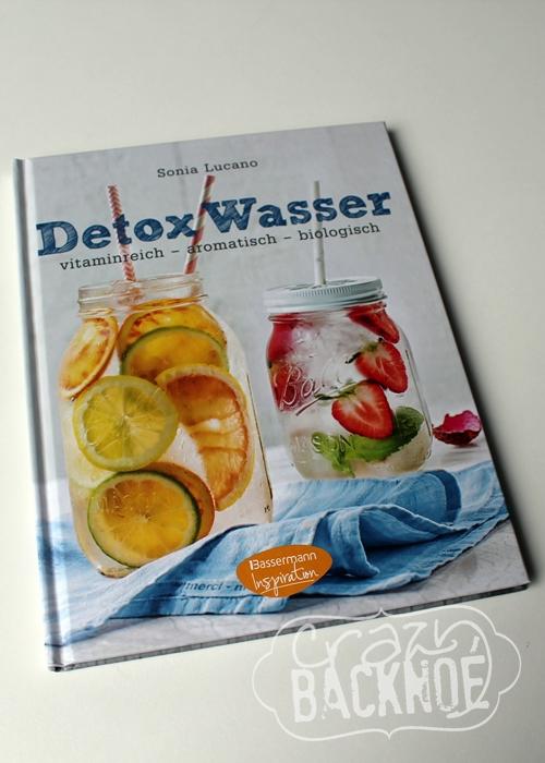 crazy backno detox wasser mit erdbeeren zitrone und minze buchrezension. Black Bedroom Furniture Sets. Home Design Ideas