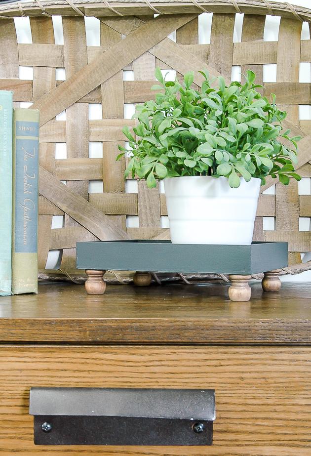 How to turn Dollar Tree art into an easy farmhouse tray