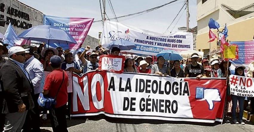 SUTEP Arequipa se divide por el nuevo Currículo Nacional