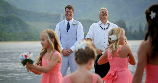 Kauai Wedding Minister and Happy Happy Couples!