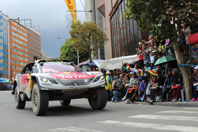 Stephane Peterhansel tim Peugeot reli Dakar 2017