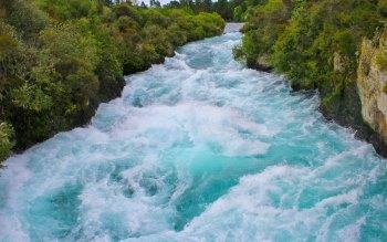 Wallpaper: Huka River
