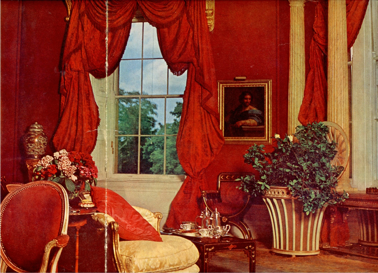 little augury in praise of the Red Room  Lesley Blanch