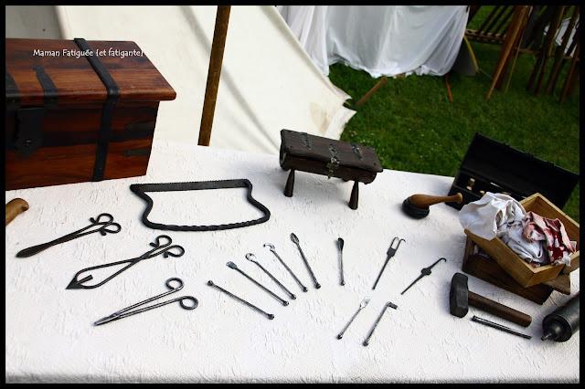 outils medecine medievale