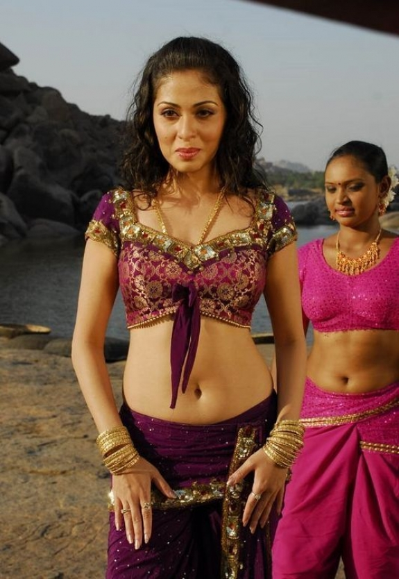 Decorative ornamental Sada latest hot navel show photo gallery